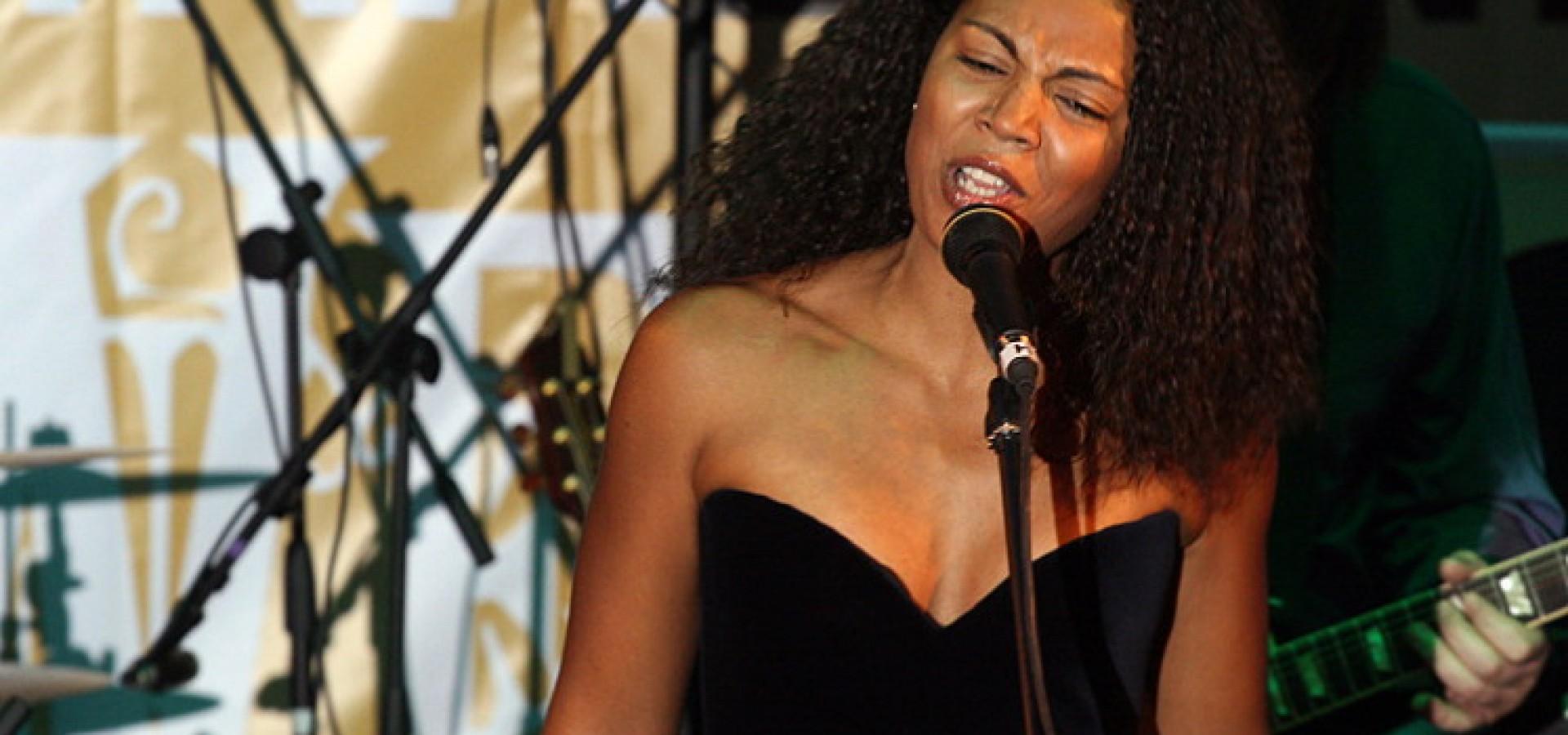 Софи Окран. Концерт в Яровит Холл Якиманка фото