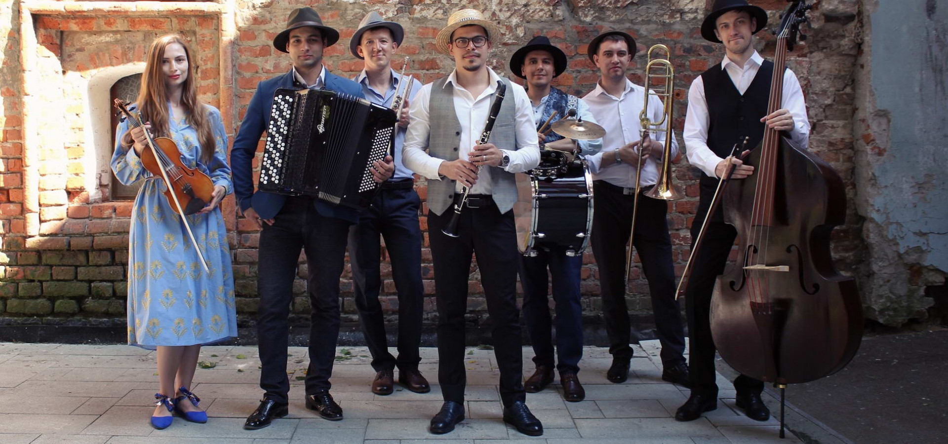 Еврейская фольклорная музыка. Moscow Klezmer Band. Концерт в оранжерее фото