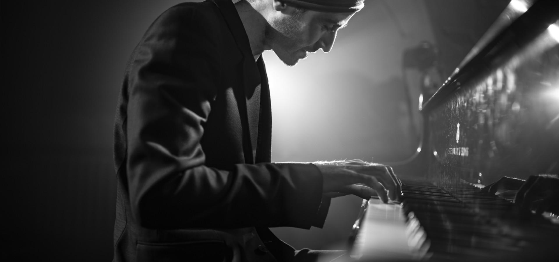 Песни Апшерона. Риад Маммадов. Концерт в оранжерее ВДНХ фото