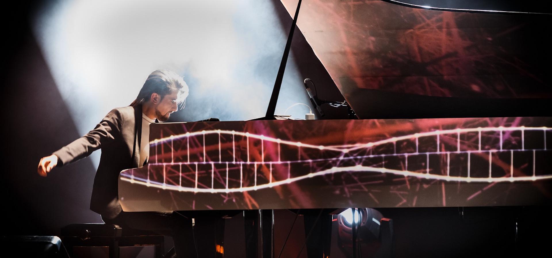 Погружение. Евгений Соколовский (рояль). Мультимедиа концерт в Artnovi Space фото